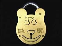 padlock_teddy